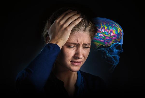Картинка анонса статьи Какие бывают виды мигрени? Разбираемся в ауре и симптомах