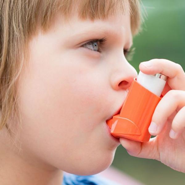 Картинка анонса статьи Влияют ли ингаляторы против астмы на рост детей?