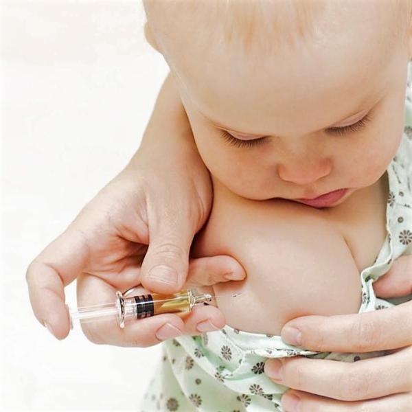 Картинка анонса статьи Когда ставят прививку против туберкулеза детям? Полный гайд по вакцине БЦЖ